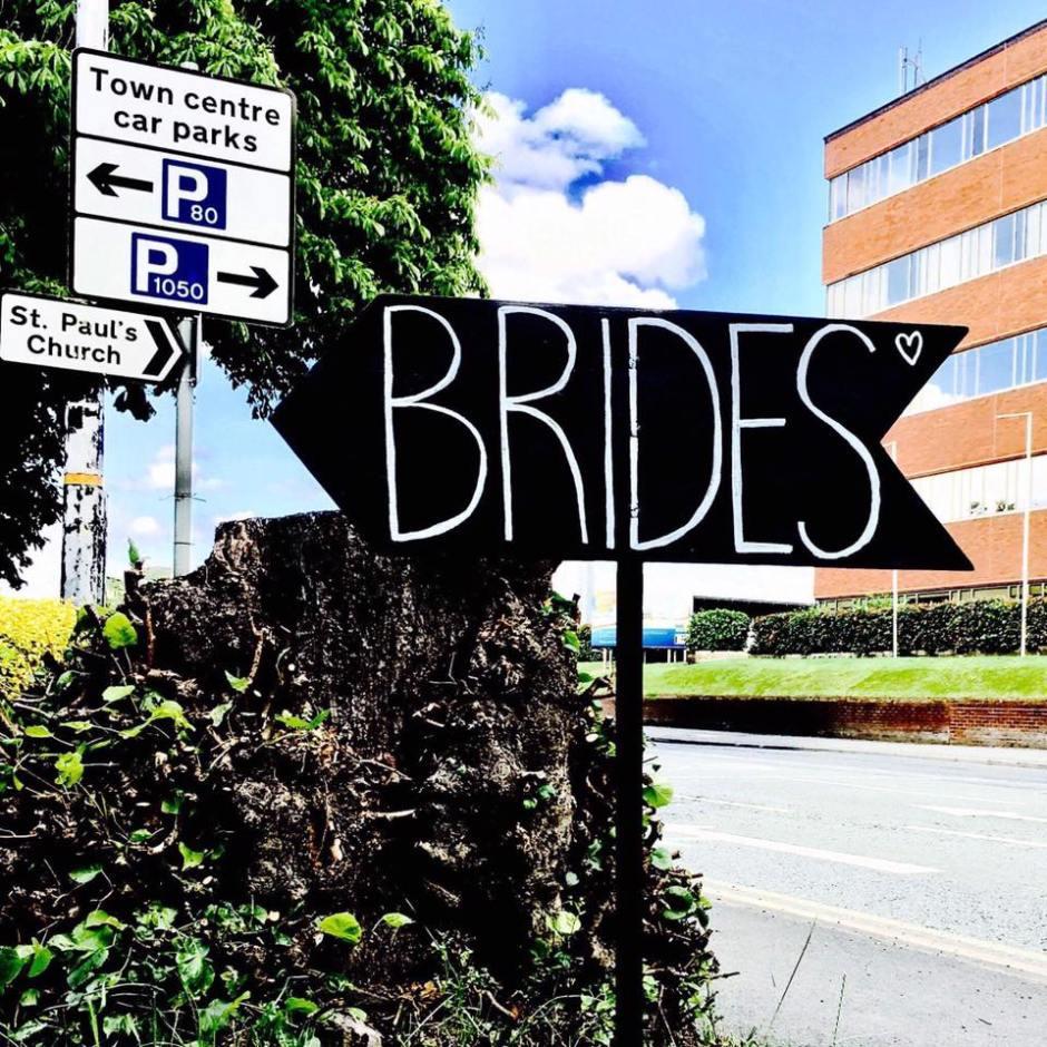 Brides sign